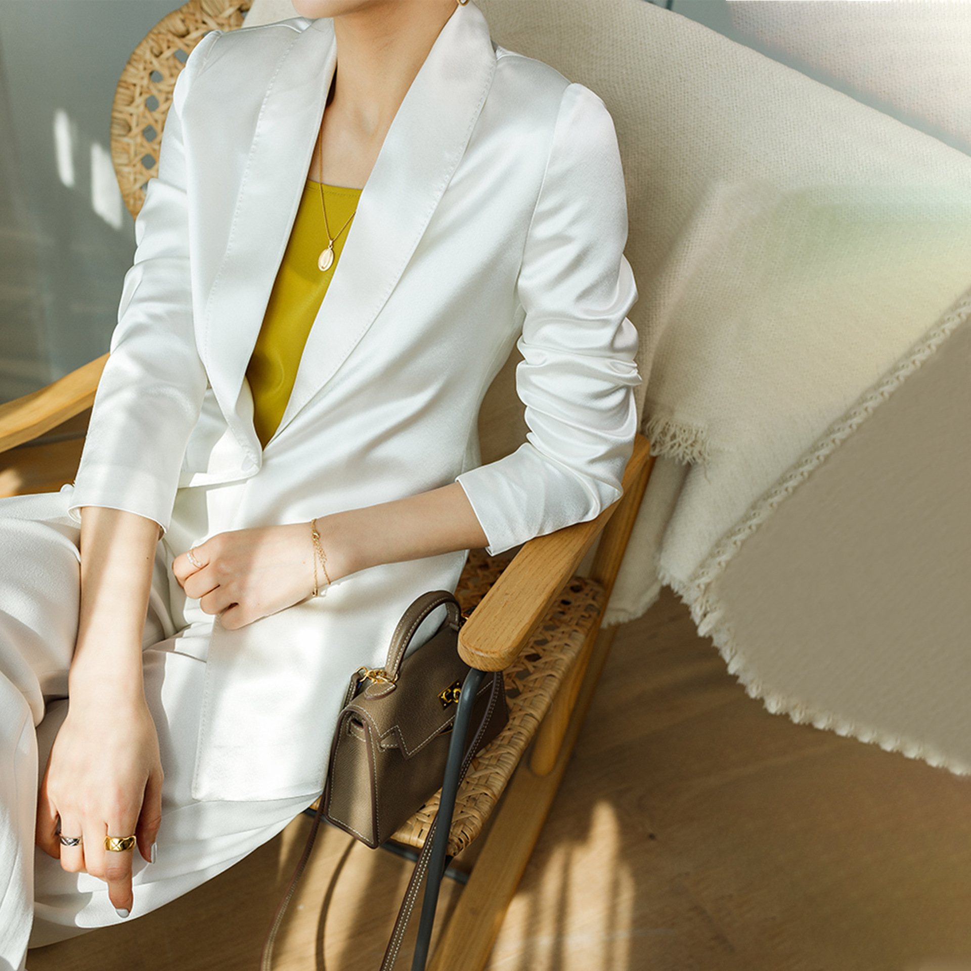 White suit womens top professional Japanese imported triacetate Satin Blazer coat spring autumn 2020