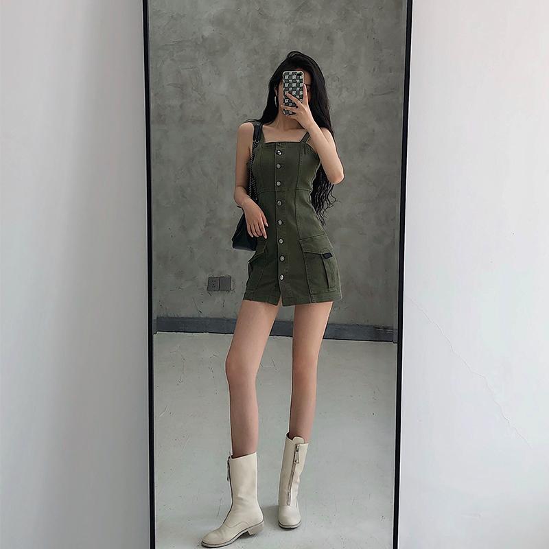 YoungGirlDay 欧美风工装口袋单排扣性感紧身包臀短款背带连衣裙