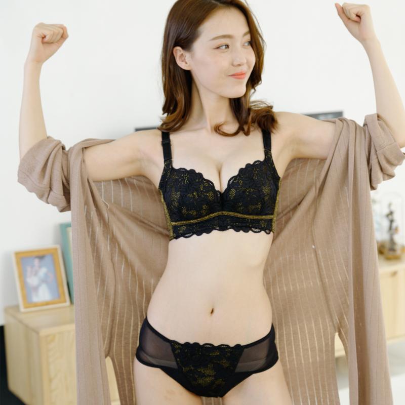 调整型品牌文胸收副乳聚拢小胸厚上托侧收防下垂有钢圈内衣女套装