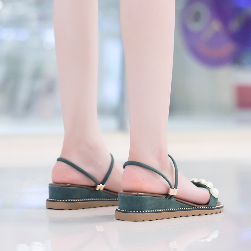 Sandals 2018 new style female student versatile summer fish mouth middle heel slope heel green simple foot rubber sole antiskid
