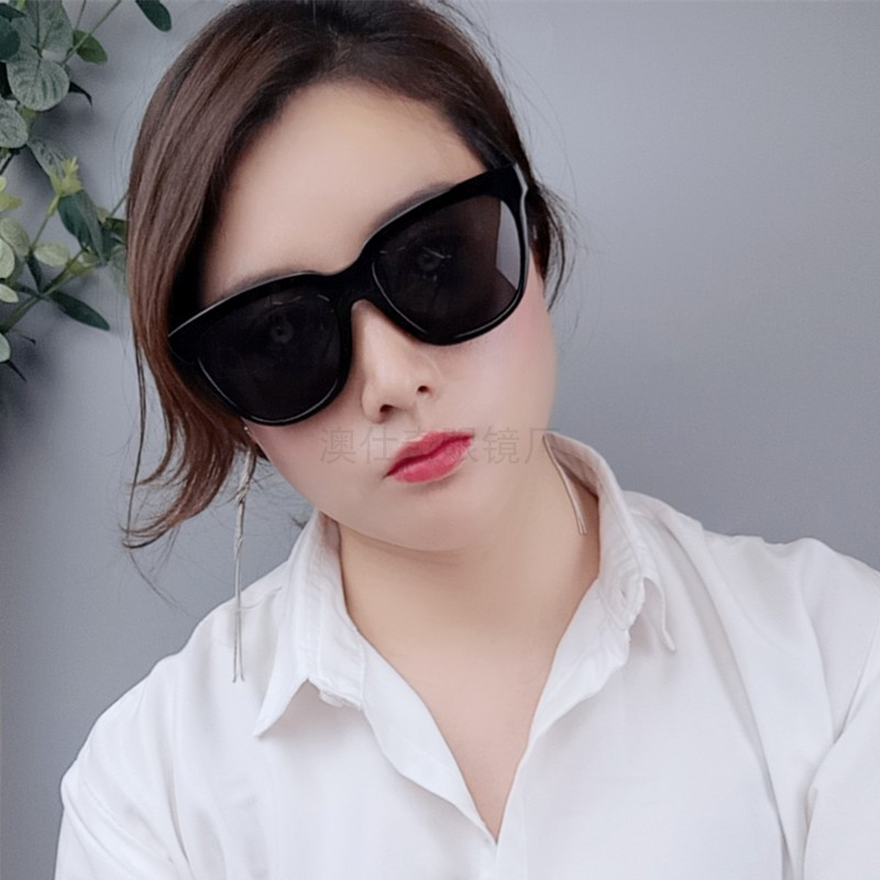 Large frame black driving Sunglasses day and night color changing Polarized Sunglasses reflective lens glasses large fashion show