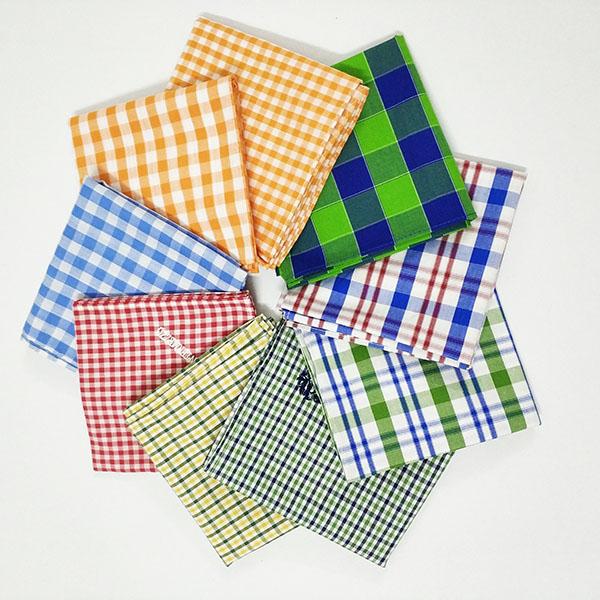 **Liangpin hen Mu * * lattice cotton small square scarf headscarf Handkerchief Scarf mens and womens t universal baby