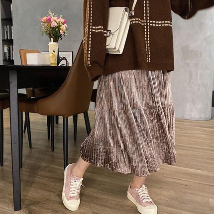 vogana戛纳家大码女装2019冬季韩版质感压皱丝绒高腰半身裙巨显瘦