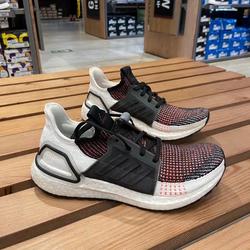 阿迪达斯男ULTRABOOST运动跑步鞋G54012EF6517EF0927G27481EF0931