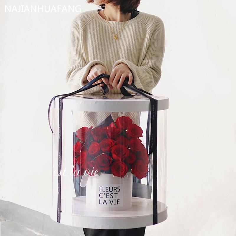 网红玫瑰礼盒花上海同城花店抱抱桶