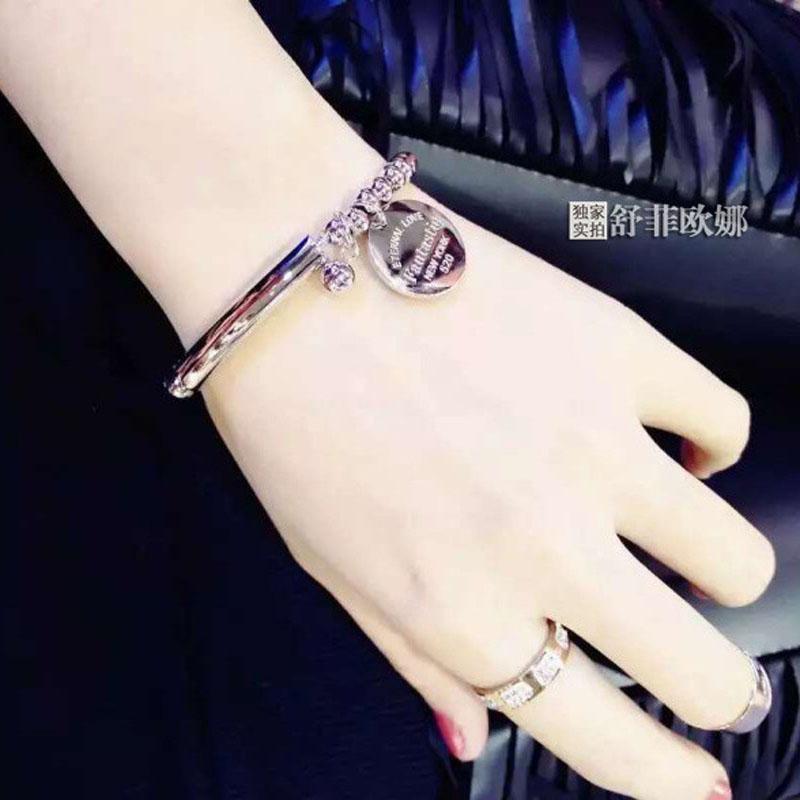 韩版时尚气质钛钢手链女款经典流行首饰日韩国精致手环不褪色配饰
