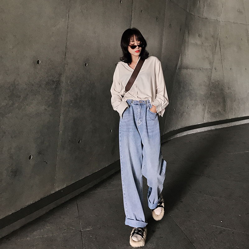 Wide leg pants womens spring / summer 2020 jeans loose high waisted and elegant dad pants straight tube drop feeling thickened and versatile
