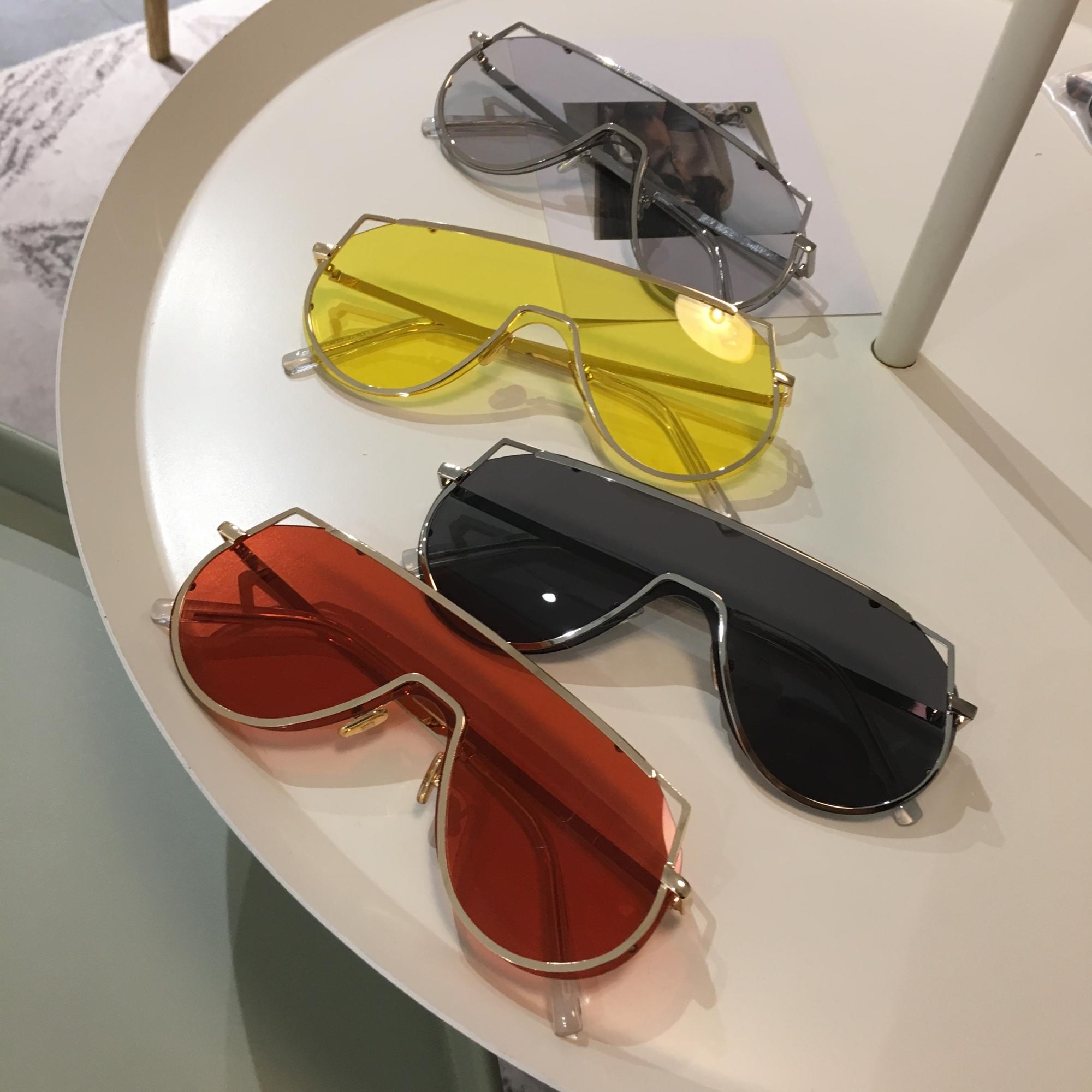 韩国潮牌一体镜片眼镜ins复古大框墨镜女潮显脸小太阳镜网红款男