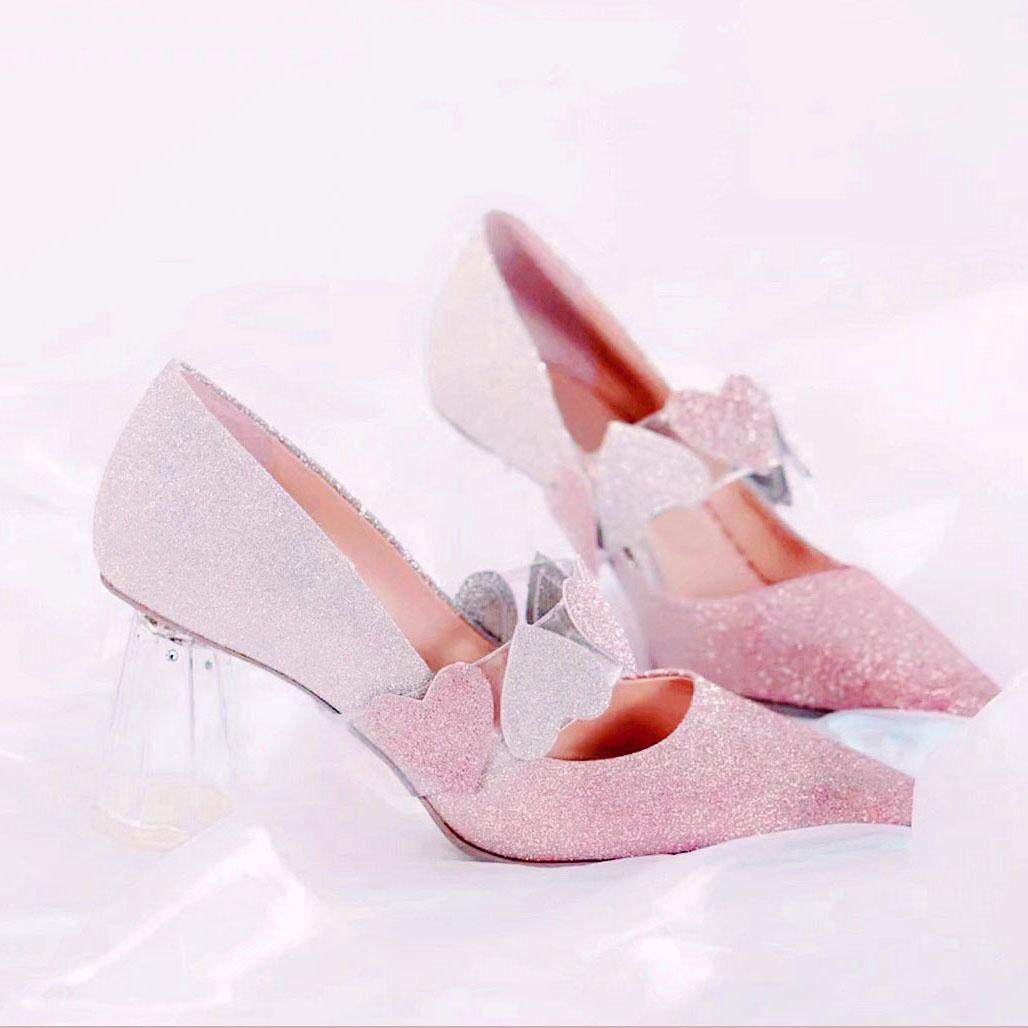 2020流行女鞋新款渐变色桃心亮片高跟鞋女春秋网红设计感两穿婚鞋