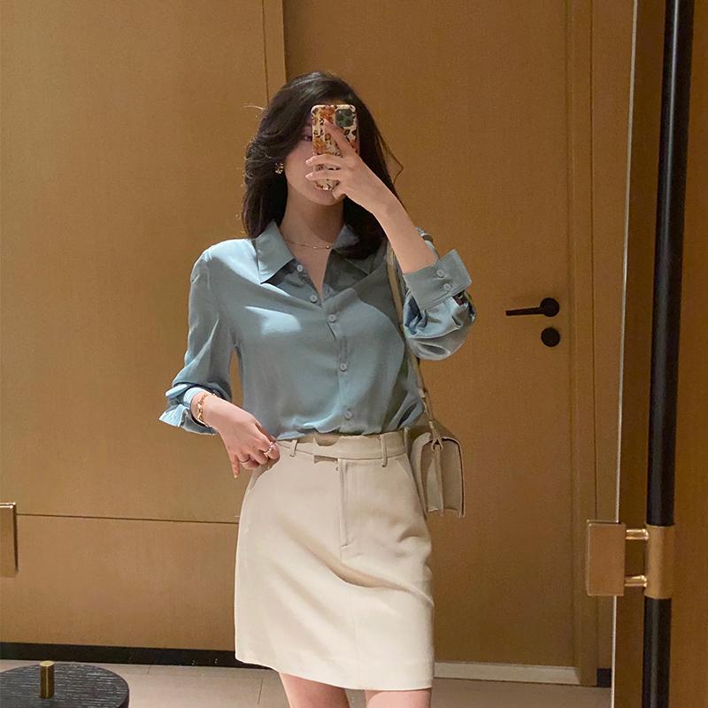 南瓜谷 衬衫女设计感小众新款2020年春秋复古蓝色法式衬衣 C380