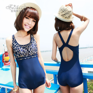 2015 new Korean fashion was thin piece swimsuit boxer hot spring bathing suit female Slim Women