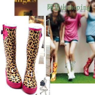 2013 Korean version of the new boutique fashion boots Tall boots water shoes leopard shoes promotional price