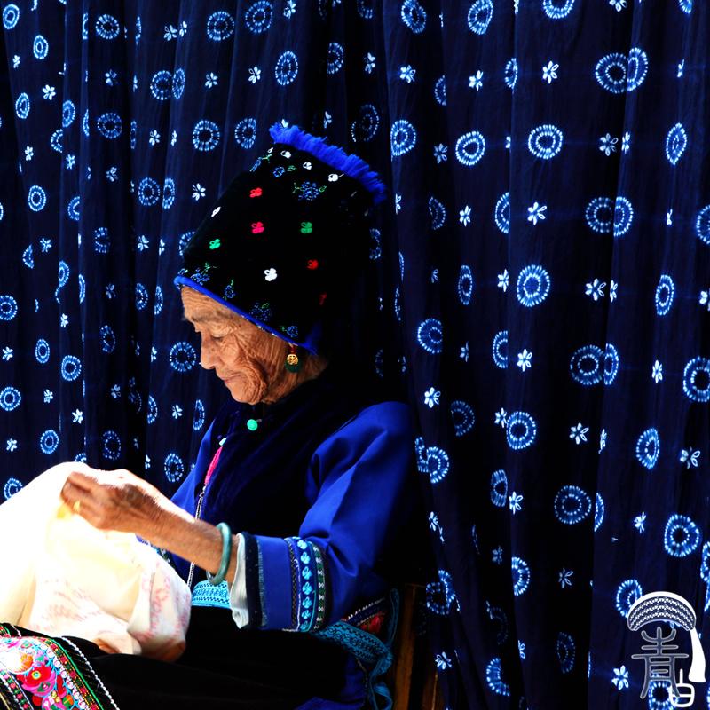 青白:云南大理周城白族纯手工扎染桌布装饰布窗帘酒店服装布料