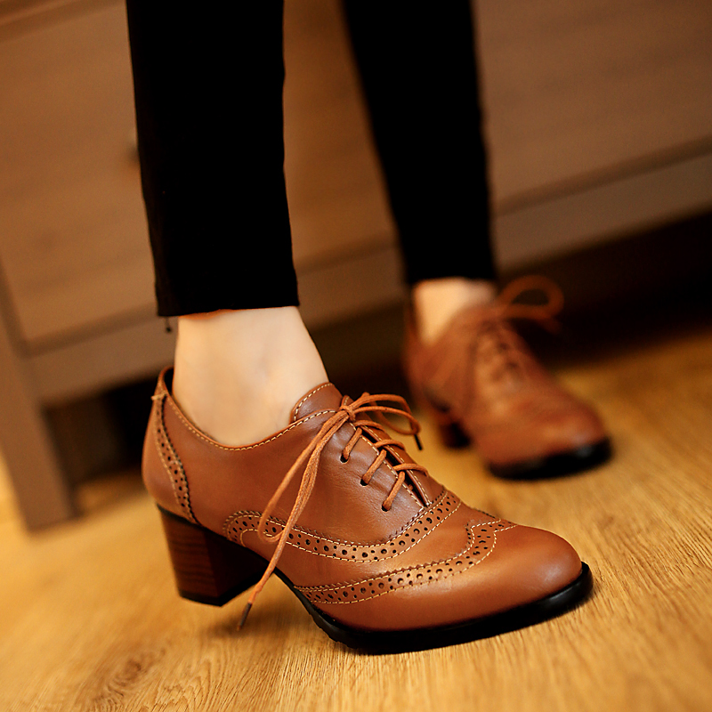 School style British retro lace up work shoes Oxford Baroque carved leather shoes middle sole shoes thick heel womens shoes