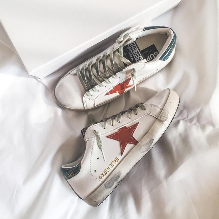 2020 CHIC 韩国韩版港味做旧运动鞋平底单鞋星星百搭基础款小白鞋