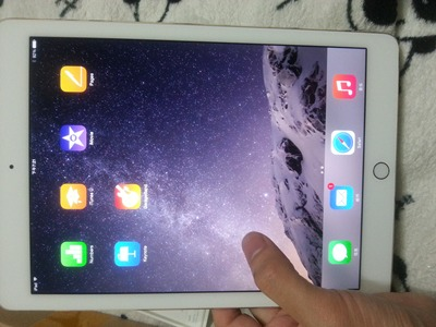 �O果iPad Air 2 WLAN 64GB金色最新入手�W友�c�u,��r行情