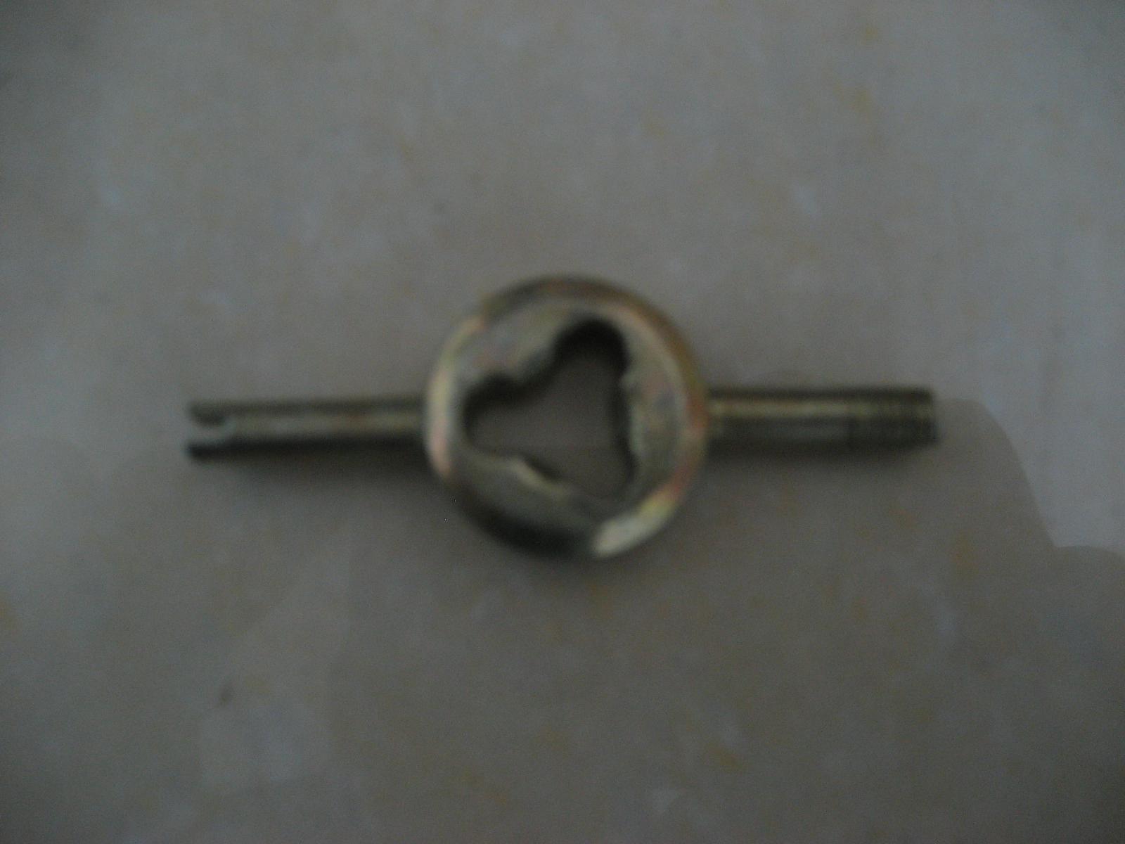 Электромобиль клапан ложка клапан гаечный ключ клапан ядро гаечный ключ трубка гаечный ключ аккумуляторная батарея колесо шина релиз газ клапан гаечный ключ