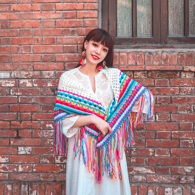 Real shooting original national style pure manual Crochet flower weaving color matching tassel rainbow Scarf Shawl