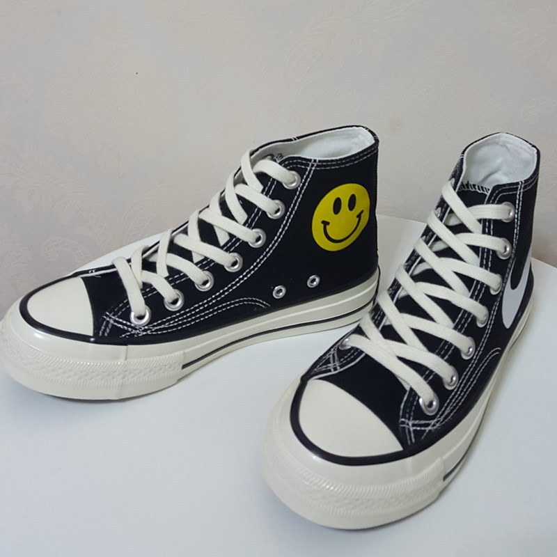 Autumn and winter co branded 1970s big hook smiling face canvas shoes high top black mens and womens 100 tower classic retro trend velvet