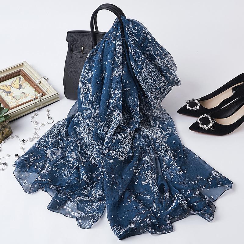 高档女士真丝蓝色印花围巾春秋长款丝巾夏季桑蚕丝纱巾披肩两用薄