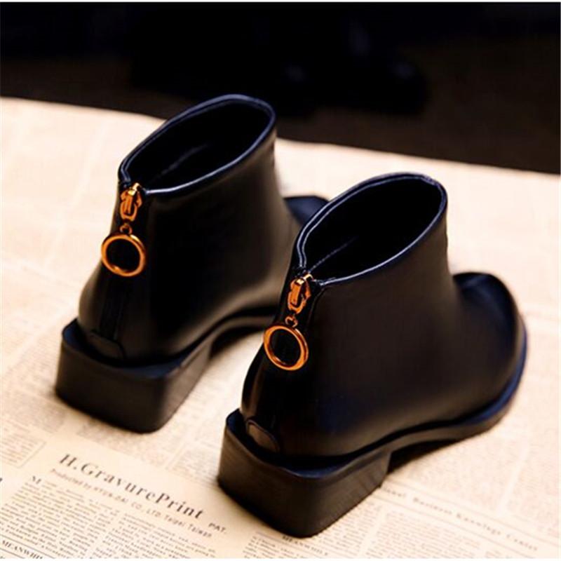 2018冬季新款平底女短靴粗跟马丁靴英伦风加绒棉鞋女靴子春秋单靴