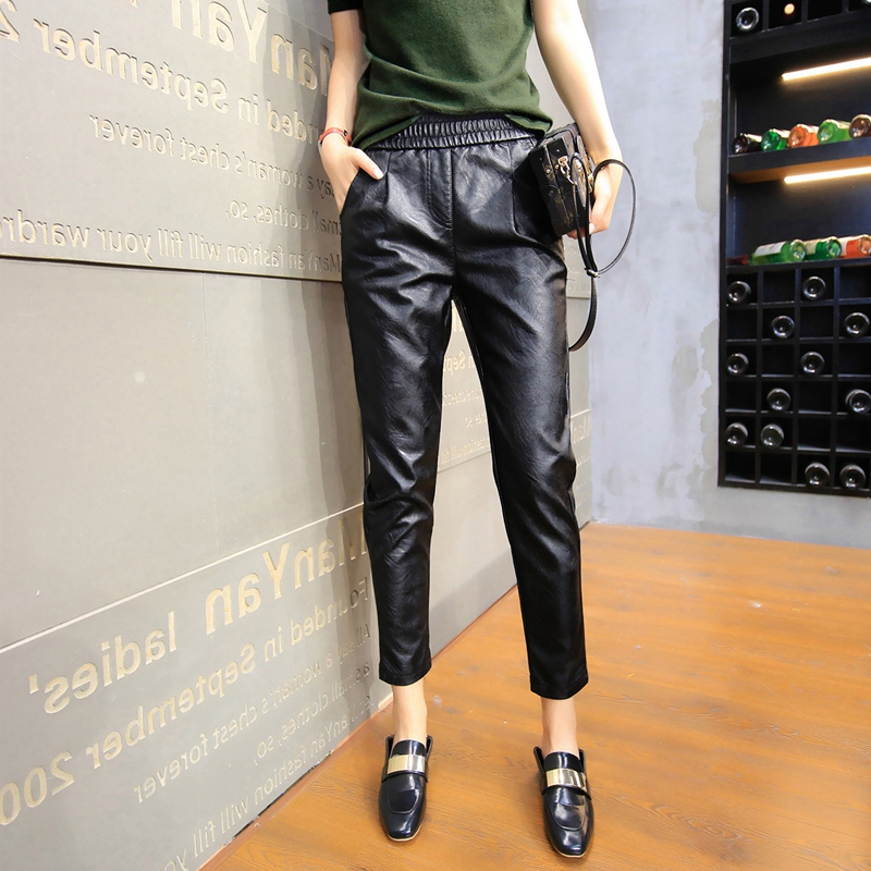 2019 new style leather pants womens loose Korean elastic waist nine point large Pu autumn winter Plush thick Harun leather pants