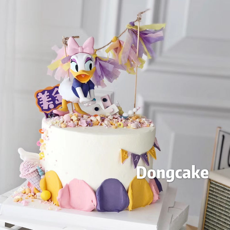 Childrens birthday cake decoration Donald Duck Daisy doll decoration Mickey Mouse couple baking theme accessories