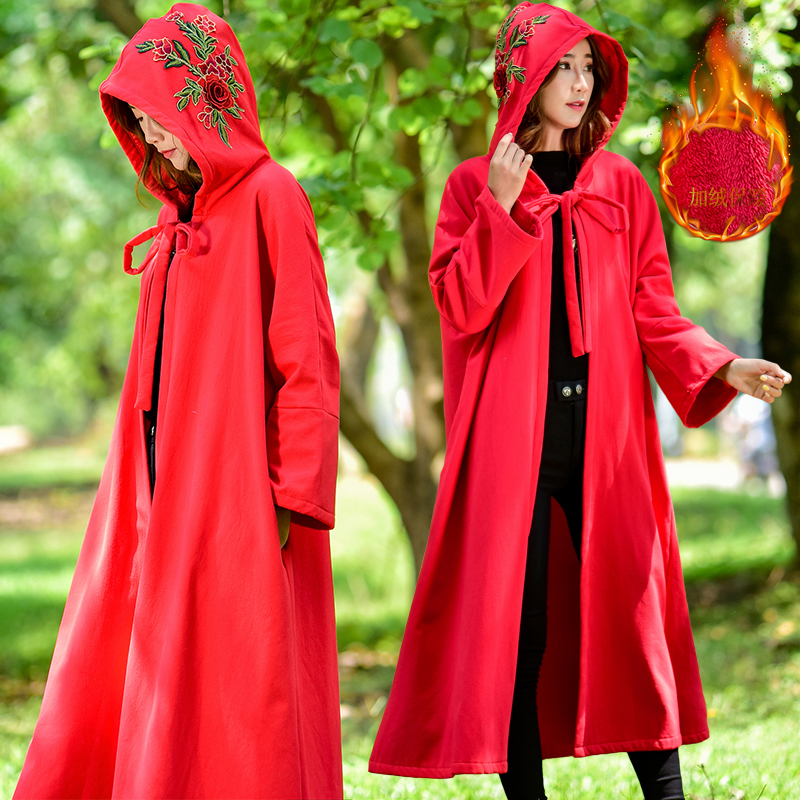 New embroidered Plush coat Cape in winter of 2019