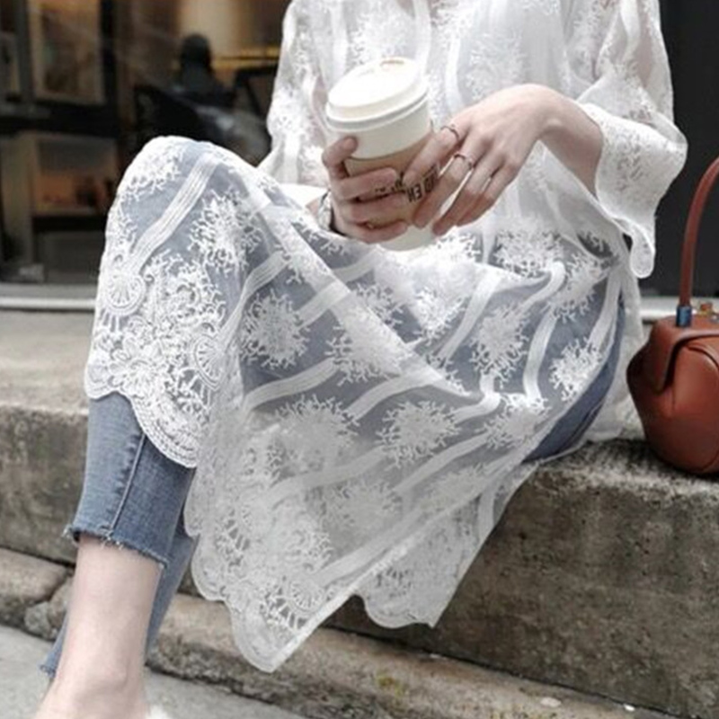 2018 summer new heavy industry embroidered 7 / 4 sleeve lace shirt dress medium length Han Fan Chaoxian fashion womens dress