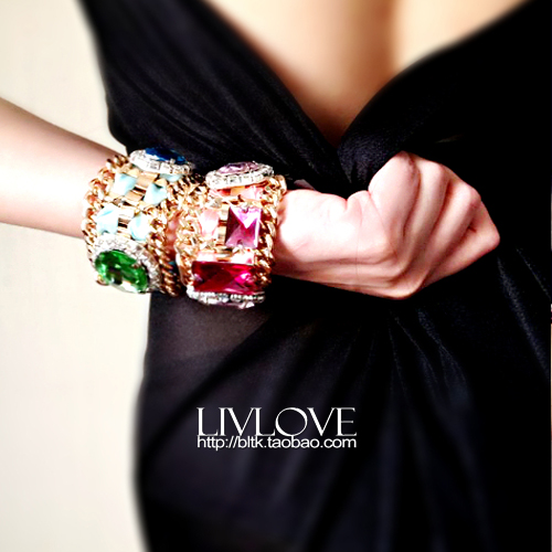 Crossover designer limited queen air wide Bracelet classic noble Baroque gold chain Rhinestone Bracelet