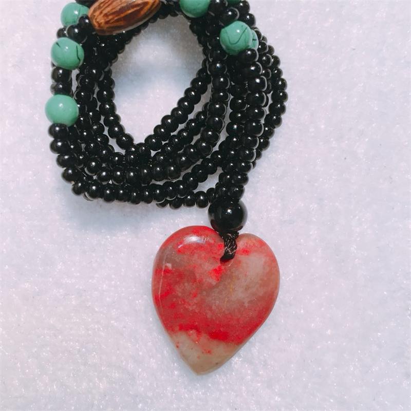 Четыре знаменитых камня Китая Changhua Bloodstone Куриное Сердце Подвеска Природный камень Малый кулон в подарок церемония