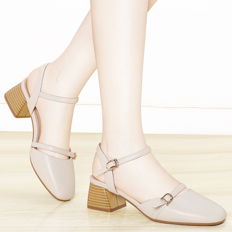 Summer 2020 new Baotou womens button simple gentle sandals womens thick heel middle heel high heels