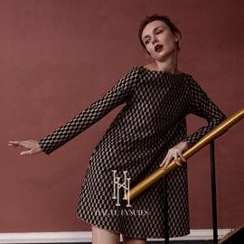 古典巴黎  后构想留法设计师品牌棕长袖格子裙女一字肩复古连衣裙