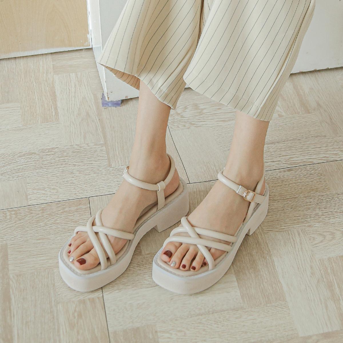 【新品价 118元】平底增高凉鞋2020年新款女夏季松糕底厚底罗马鞋