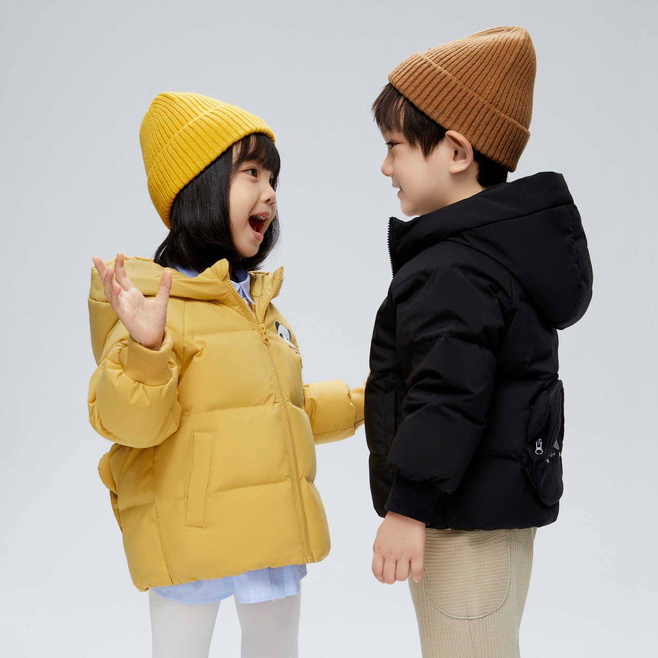 Bosideng children's clothing new boys and girls warm cute little panda new warm down jacket T00145350