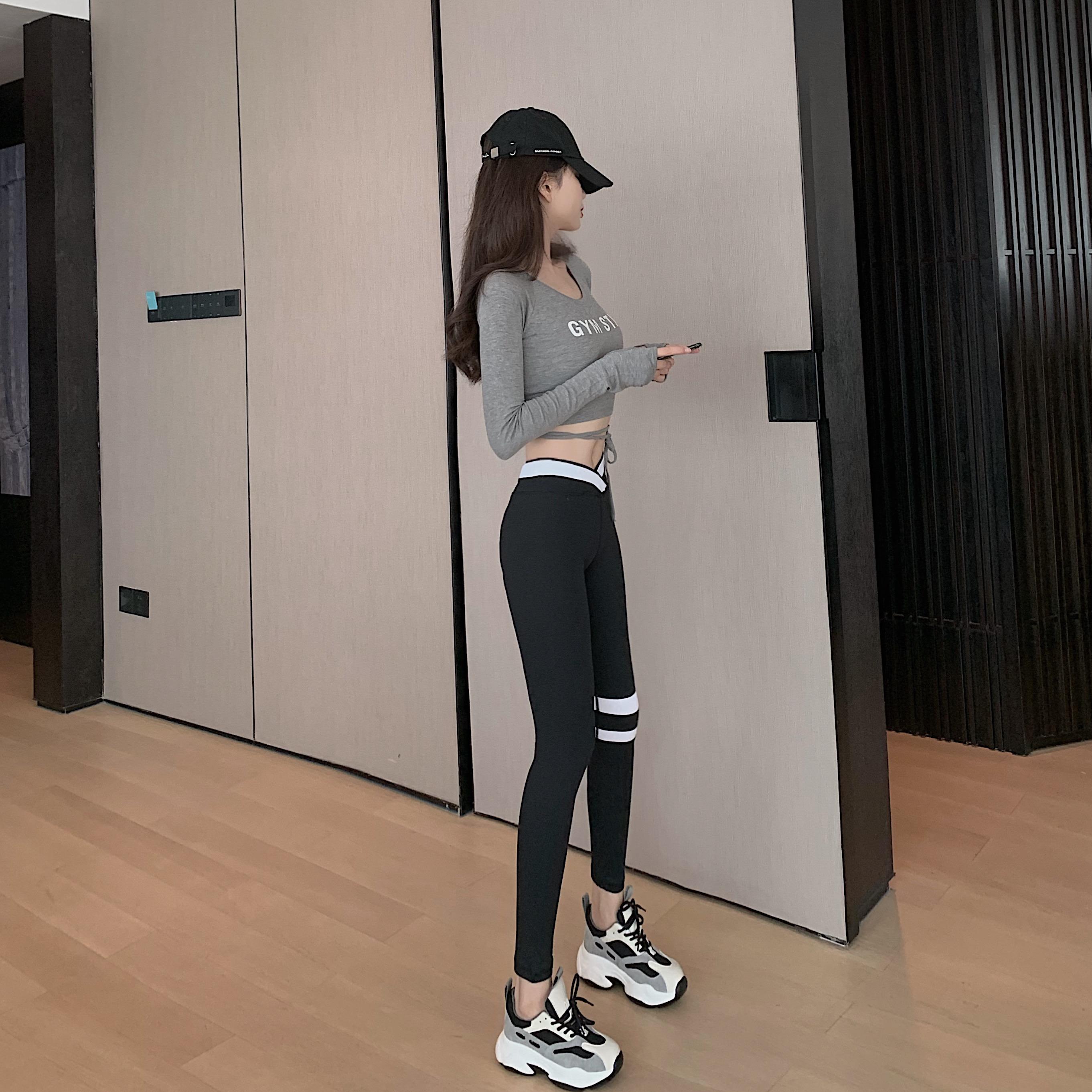 秋季性感露脐上衣女长袖瑜伽服套装+运动显瘦外穿休闲裤两件套