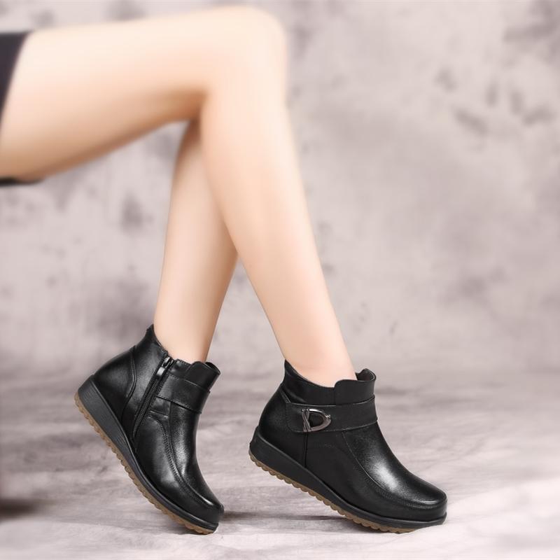 特价妈妈鞋大码冬季加绒保暖平底防水台意尔真皮健康羊毛女棉鞋