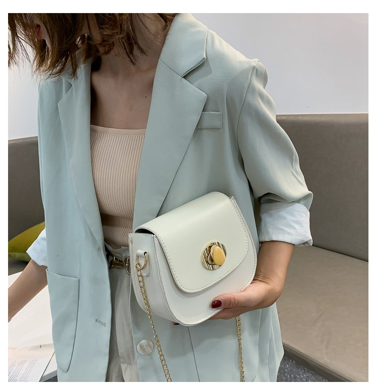2020 popular bag womens bag new fashion Korean one shoulder saddle bag can be used with new leisure cross over womens bag