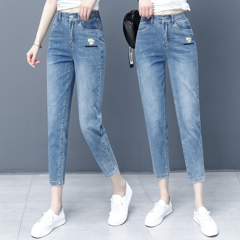 Elastic back waist small Zou chrysanthemum embroidered Harun jeans womens summer loose small feet show thin high waist dad pants 9 points