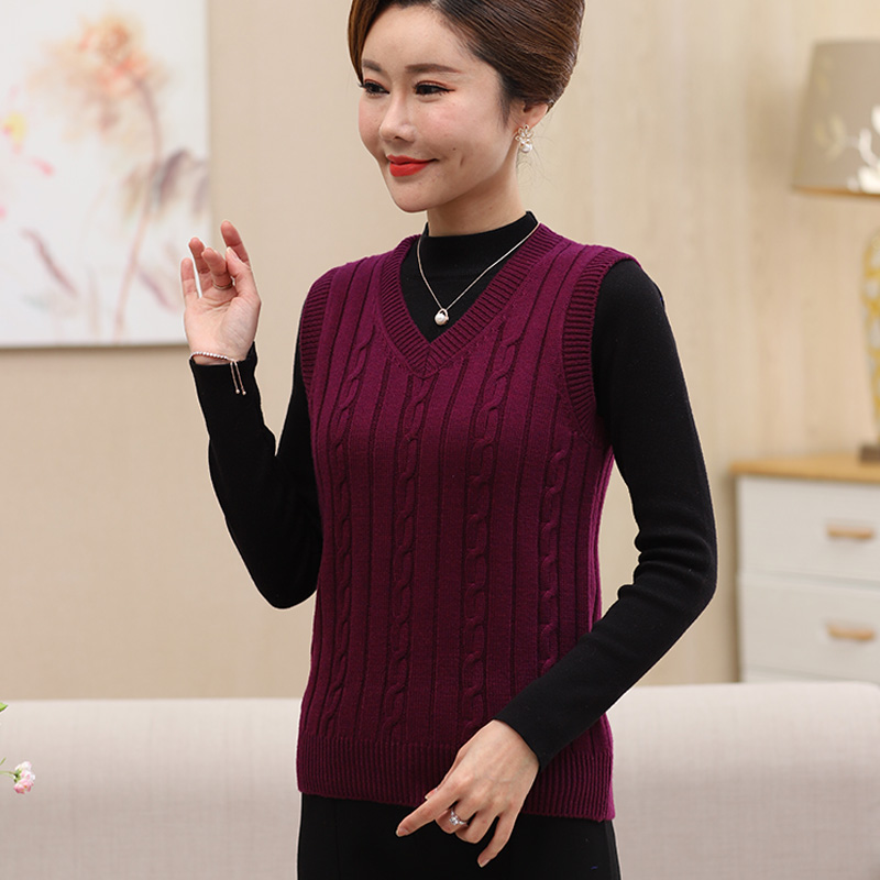 Spring new middle-aged and old peoples Vest knitted wool vest womens loose size granny short solid shoulder