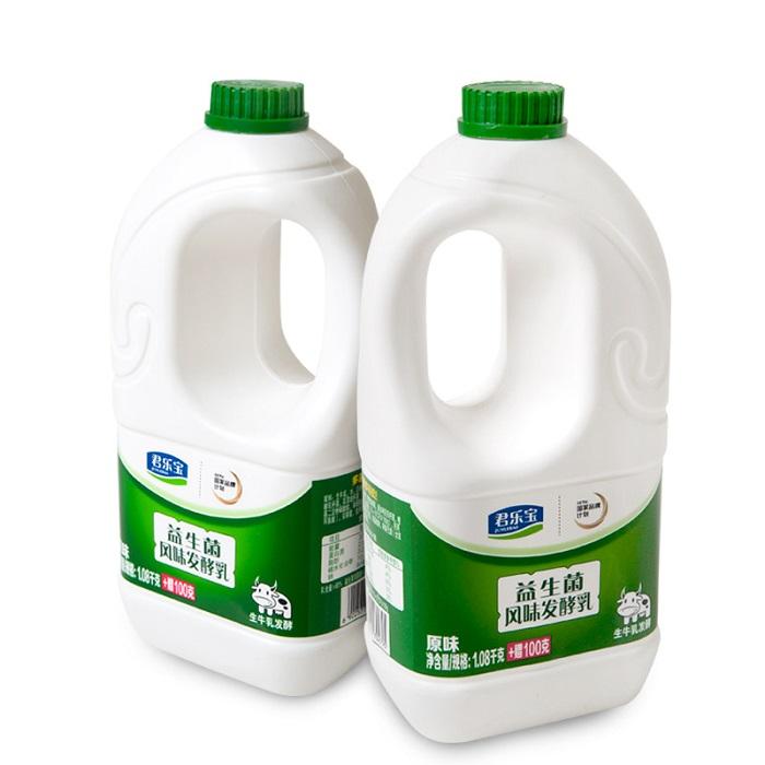 券后17.90元君乐宝大桶装酸奶(1.08kg+100g)*1桶/2桶可选原味炒酸奶水果捞