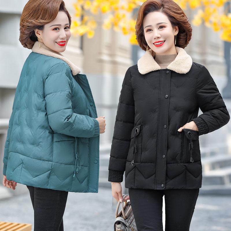 妈妈冬装女中年女装洋气2020新款