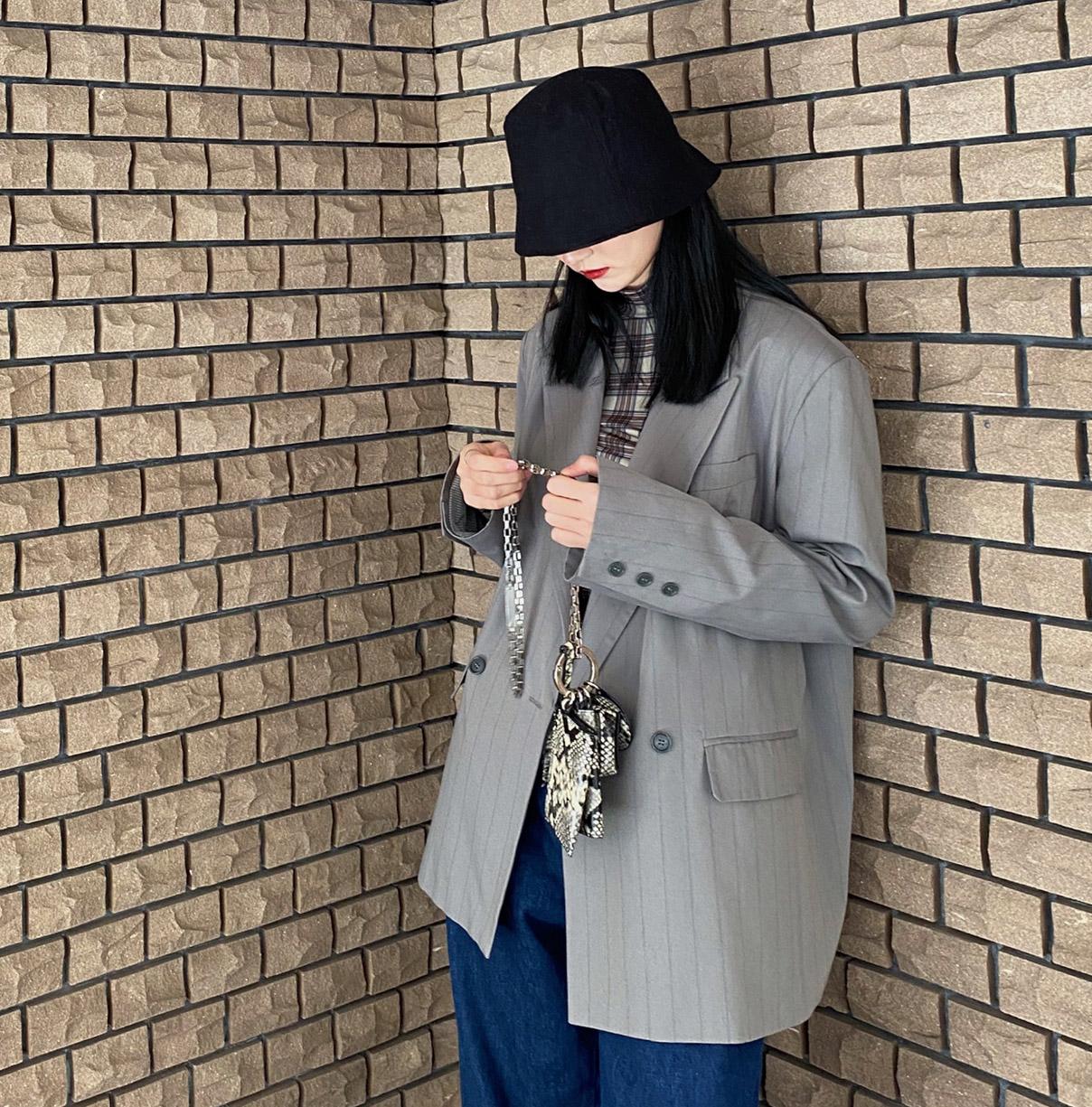 英伦风春款条纹小西服 中性不挑人帅气冷酷款灰绿色经典条纹西装