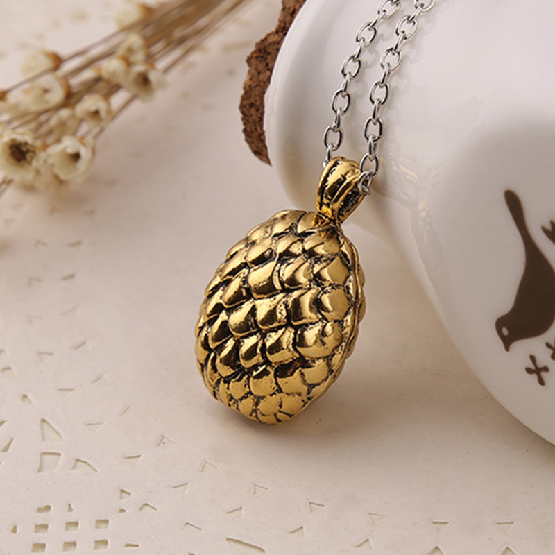 Game of power Dany symbolizes dragon egg fashion sweater chain necklace accessories for European and American movies