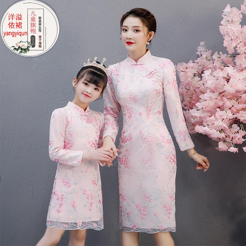 親子裝時裝旗袍兒童冬裝蕾絲加絨新款母女中國風洋氣連衣裙