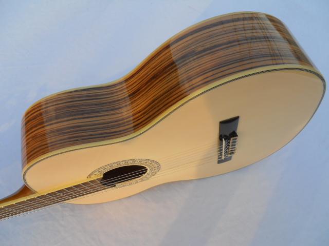 品牌正品 吉他 优质漂白云杉面斑马木背侧 39寸古典吉他