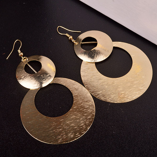 Package mail Japan and South Korea temperament personality fashion versatile large circle long exaggerated female Earrings European and American leisure multi-layer Earrings