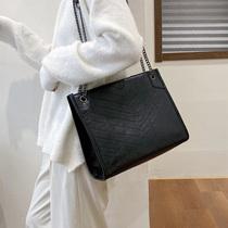 高级感洋气大包包女2019秋冬新款单肩百搭时尚容量女士链条斜挎包