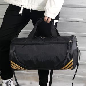 2019新款定制健身运动包圆筒跆拳道背包男包大容量运动旅行手提包