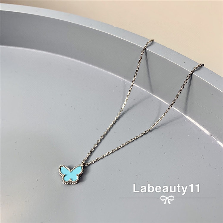 High end custom light luxury jewelry three dimensional vivid lovely girl breath fresh holiday style Mini Butterfly Necklace